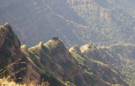 Connaught Peak Point Image