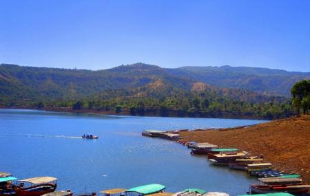Venna Lake Image