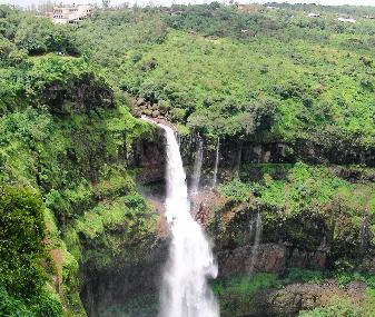 Dhobi Waterfalls Image