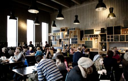 Cafe Storm Image