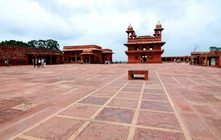 Pachisi Courtyard Image