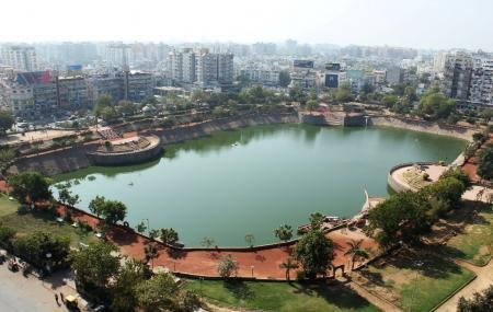 Vastrapur Lake Image