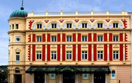 Lyceum Theatre Image