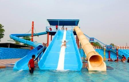 Aapno Ghar Amusement Park Image