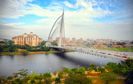 Putrajaya Bridge Image