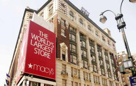 Macy's Herald Square Image