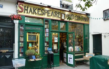 Shakespeare And Company Bookstore Image