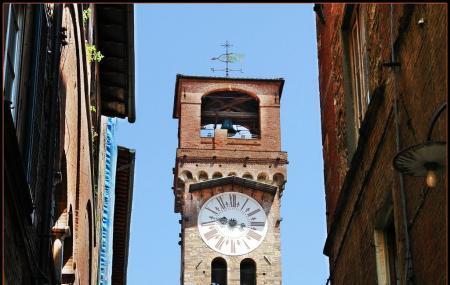 Torre Delle Ore Image
