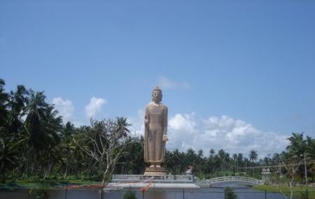 Seenigama Vihara Image