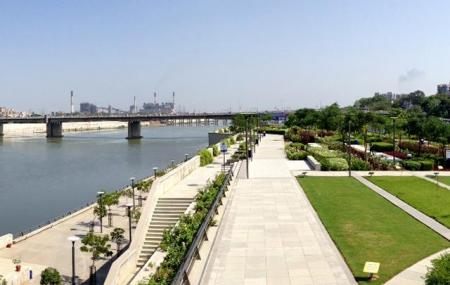 Sabarmati Riverfront Image
