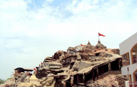 Vaishnodevi Temple Image