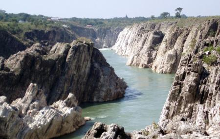Marble Rocks Image