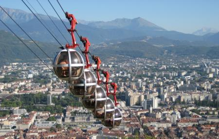 Bastille And The Cable Car Image