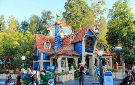 Downtown Disney Image