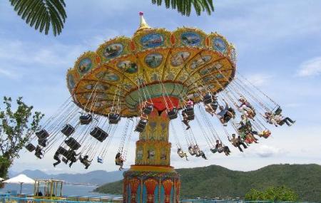Vin Pearl Amusement Park Image