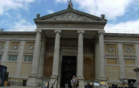 Ashmolean Museum Of Art And Archaeology Image
