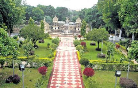 Italian Garden Enclave Image