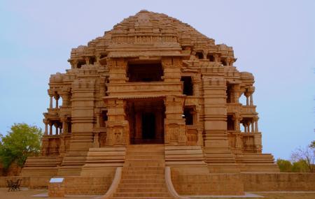 Sas Bahu Temple Image