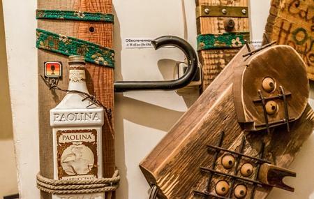 Nonconformist Art Museum Image