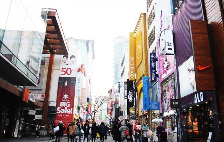 Myeong Dong Image