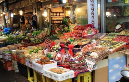 Gwangjang Market Image