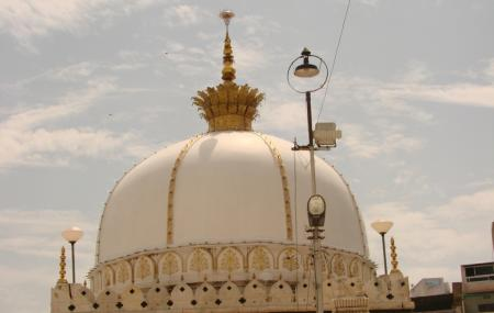 Akbari Masjid Image
