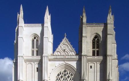 Cathedrale De Saint-pierre Et Saint-paul Image