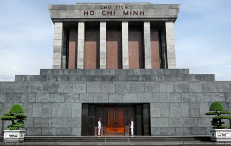 Ho Chi Minh Mausoleum Image