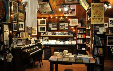 Henry Miller Memorial Library Image