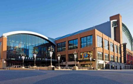 Bankers Life Fieldhouse Image