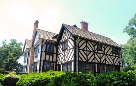 Agecroft Hall Image