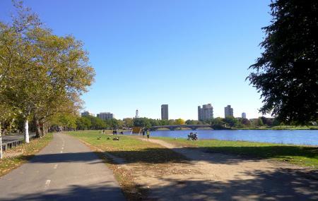 Charles River Esplanade Image