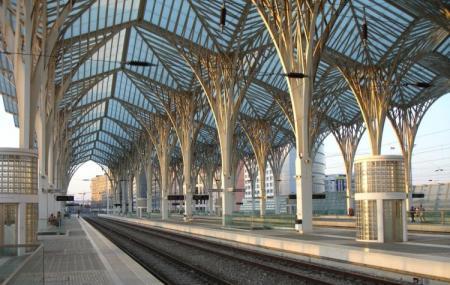 Gare De Oriente Image