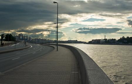 Neva Embankments And Neva River Cruise, Saint Petersburg