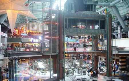 Canal Walk Shopping Centre Image