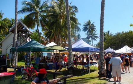 Sunday Market Image