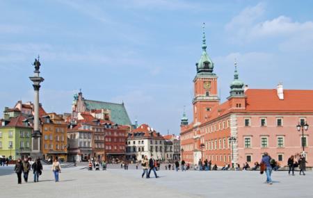 Castle Square Image
