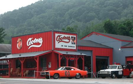 Cooter's Place Image