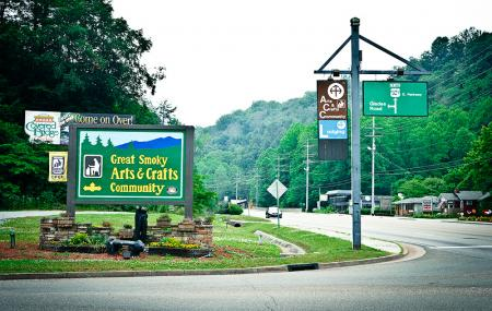 Great Smoky Arts And Crafts Community Image