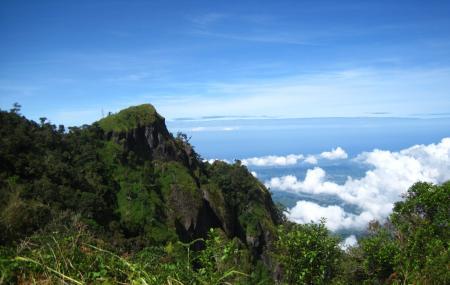 Mount Santo Tomas Image
