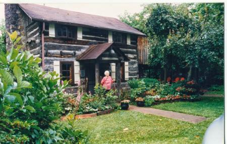 Historic Ogle Log Cabin Image