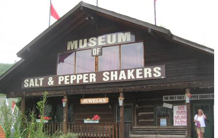 Salt And Pepper Shaker Museum Image