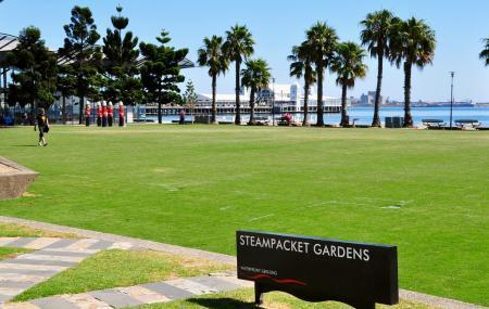 Steampacket Gardens Image