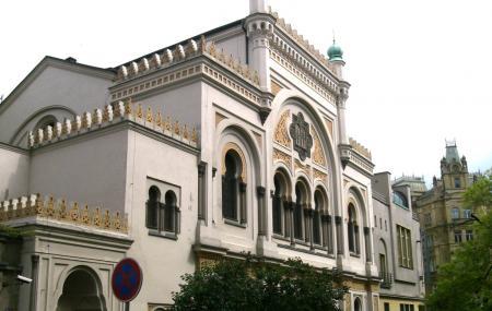Spanish Synagogue Image