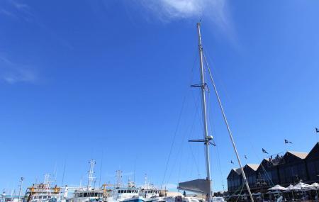 Fremantle Fishing Harbor Image