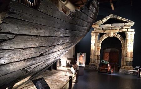 Shipwreck Galleries Image