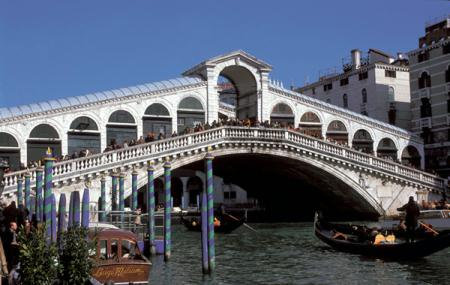Rialto Bridge Image