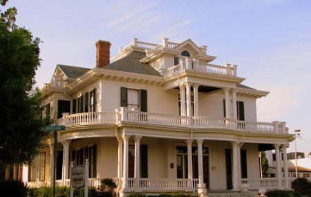The Historic Redding House Image