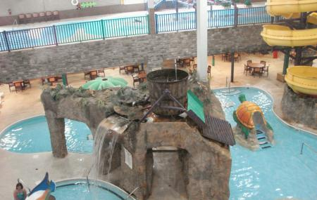 Castle Rock Resort And Water Park Image