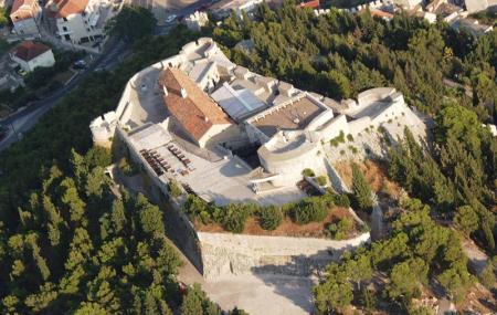 Hvar Fortress Image